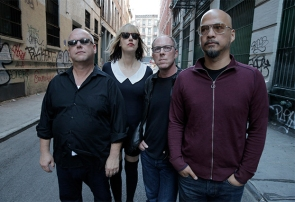 Pixies-MichaelHalsband